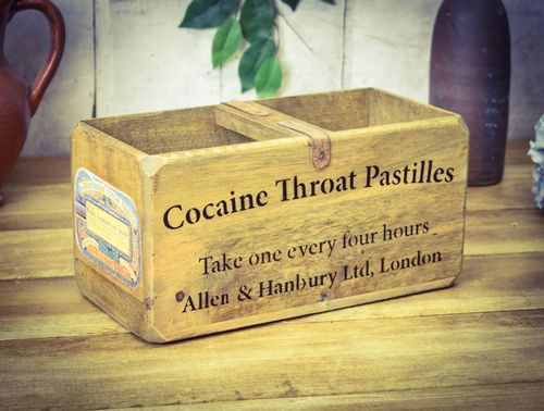Medium Vintage Box Cocaine Throat Pastilles